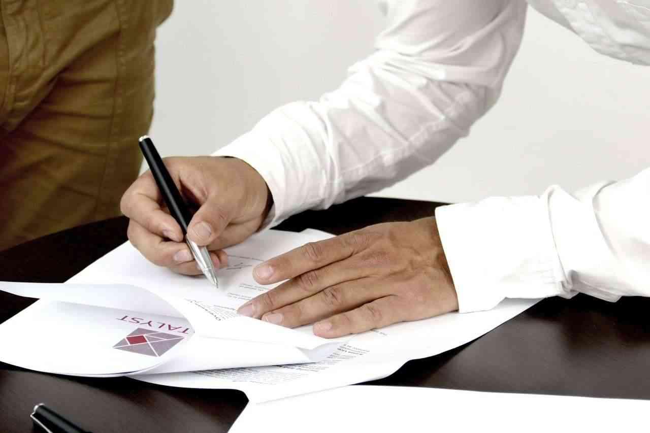 Tłumaczenia umów spółek - przekłady prawnicze online