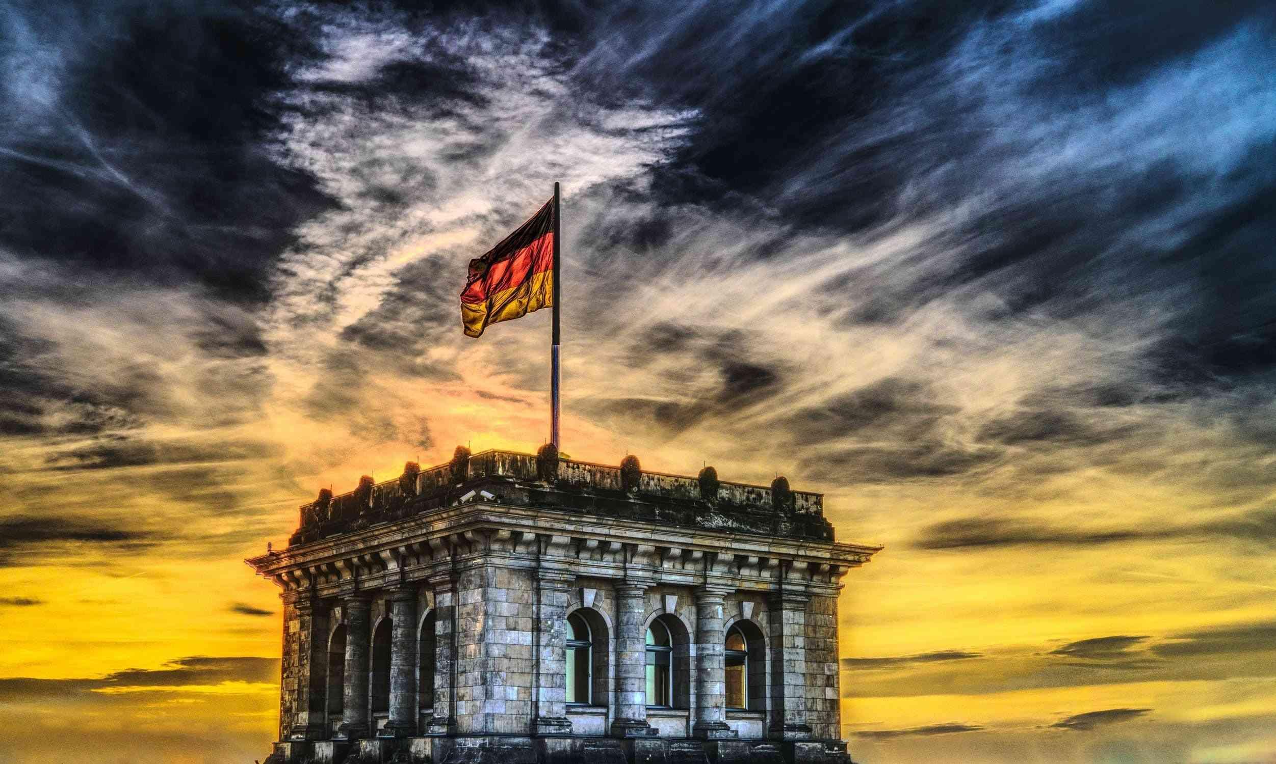 Tłumacz polsko-niemiecki w kontekście usług tłumaczeniowych