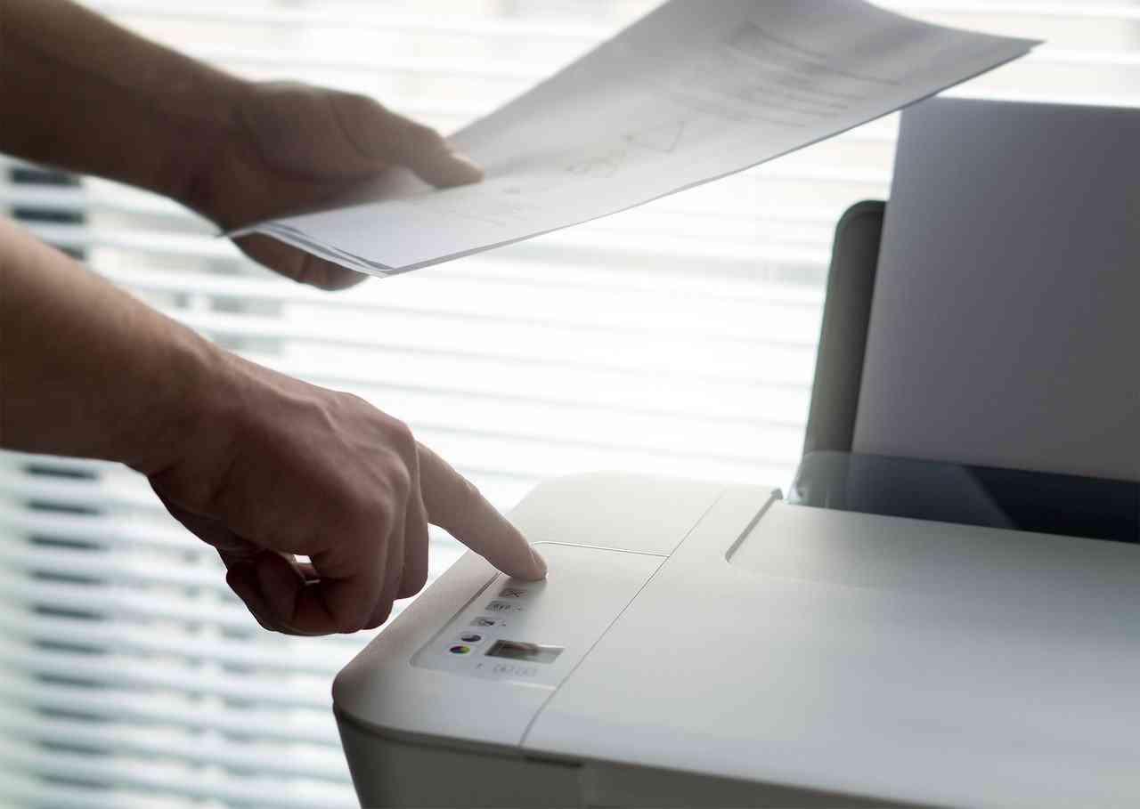 Skaner wykorzystuje się do przygotowanie kopii dokumentów przeznaczonych dla tłumaczy