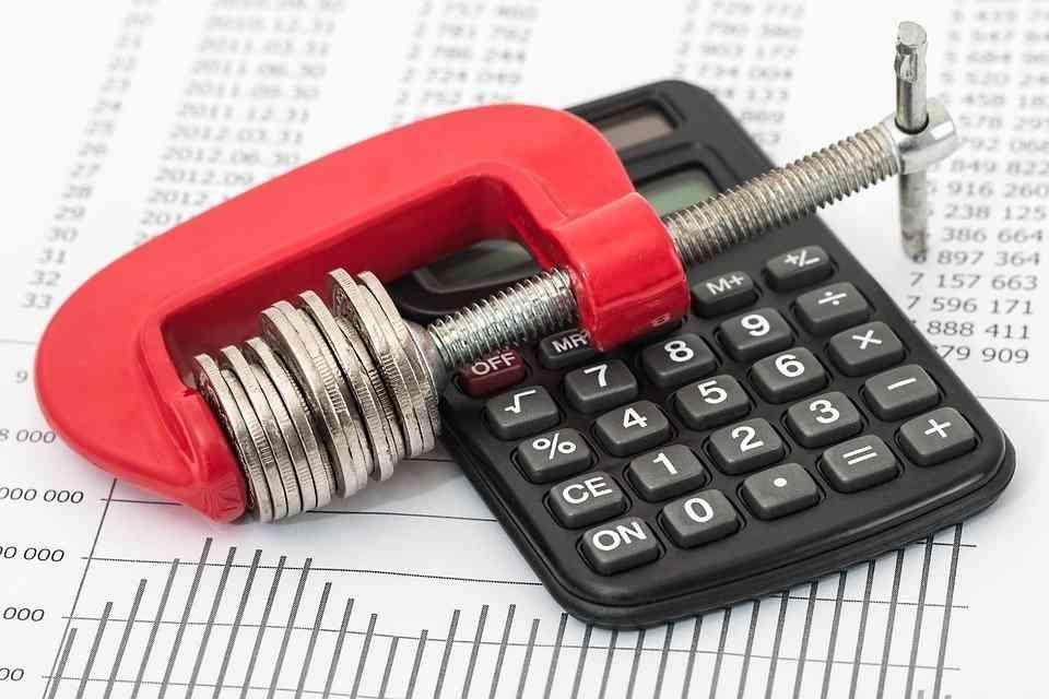 Współpraca z biurem tłumaczeń online pozwala zaoszczędzić pieniądze